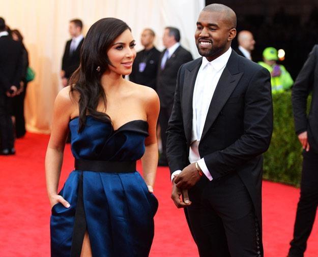 Kim Kardashian i Kanye West chcą zapewnić córce jak najlepsze warunki (fot. Mike Coppola) /Getty Images