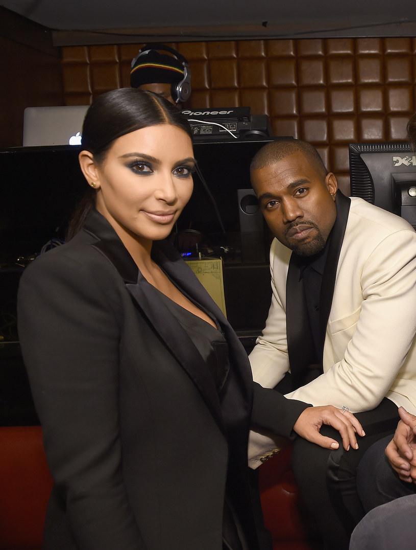 Kim Kardashian pochwaliła się tym w rozmowie z tabloidem /Dimitrios Kambouris /Getty Images