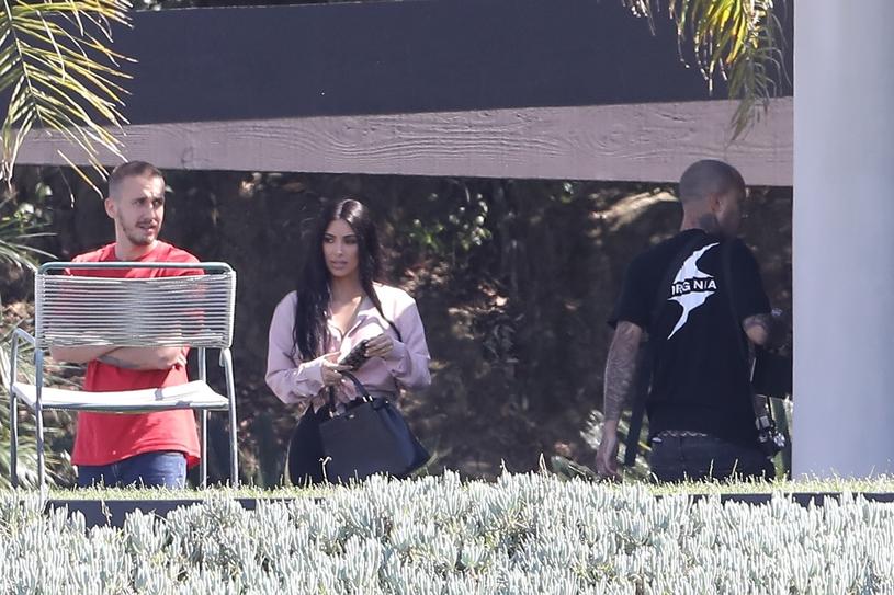 Kim Kardashian podczas sesji zdjęciowej /Agencja FORUM