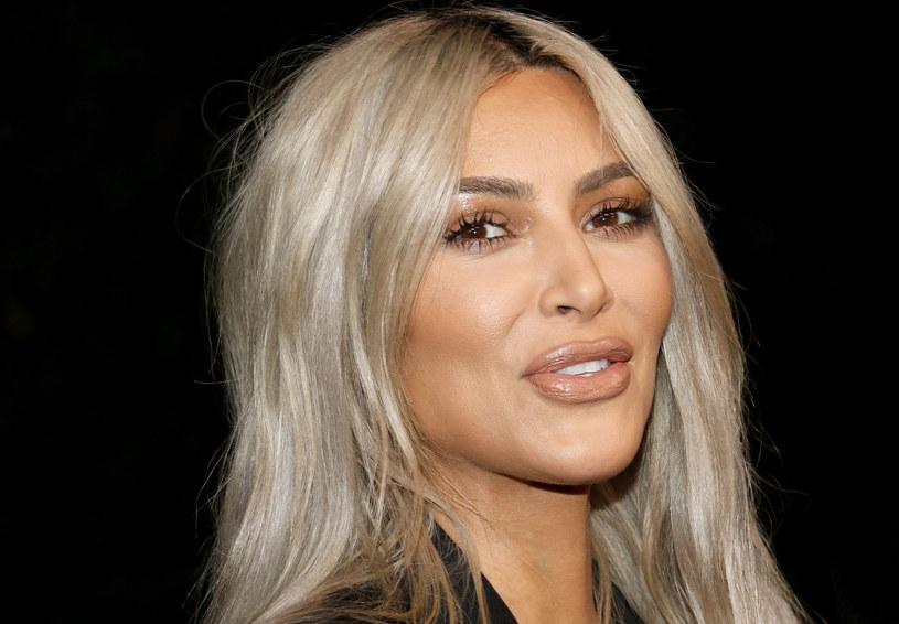 Kim Kardashian wypuściła na rynek linię majtek wyszczuplających /123RF/PICSEL