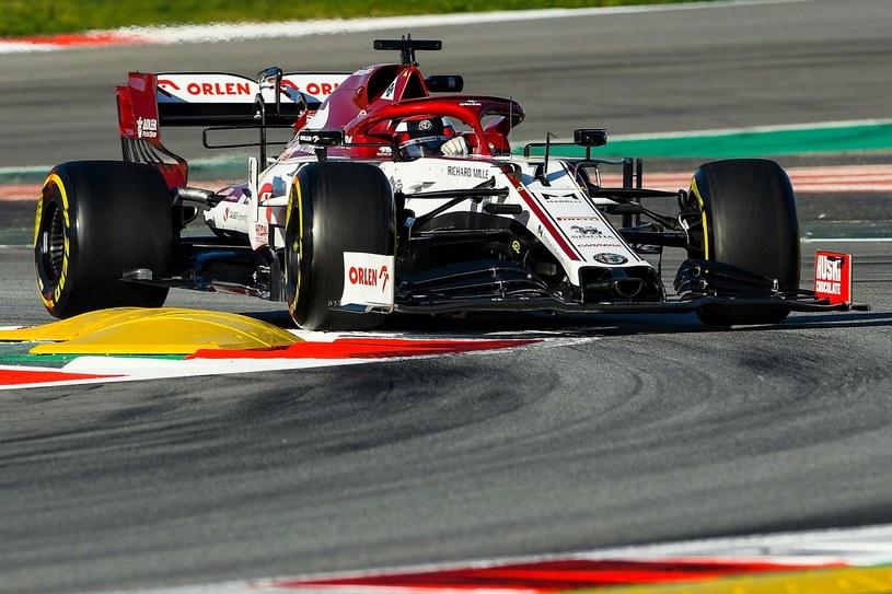 Kimi Raikkonen podczas testów przedsezonowych w Katalonii, w lutym 2020 r. /AFP