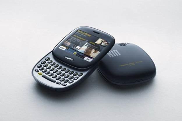 KIN - absolunie dziwny pomysł Microsoft. Własny telefon, który po 2 miesiącach wycofano ze sprzedaży /materiały prasowe