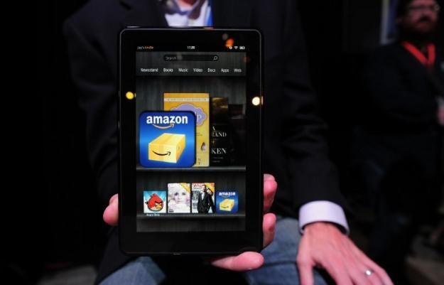 Kindle Fire - nowy tablet Amazon, który szturmem zdobywa rynek /AFP