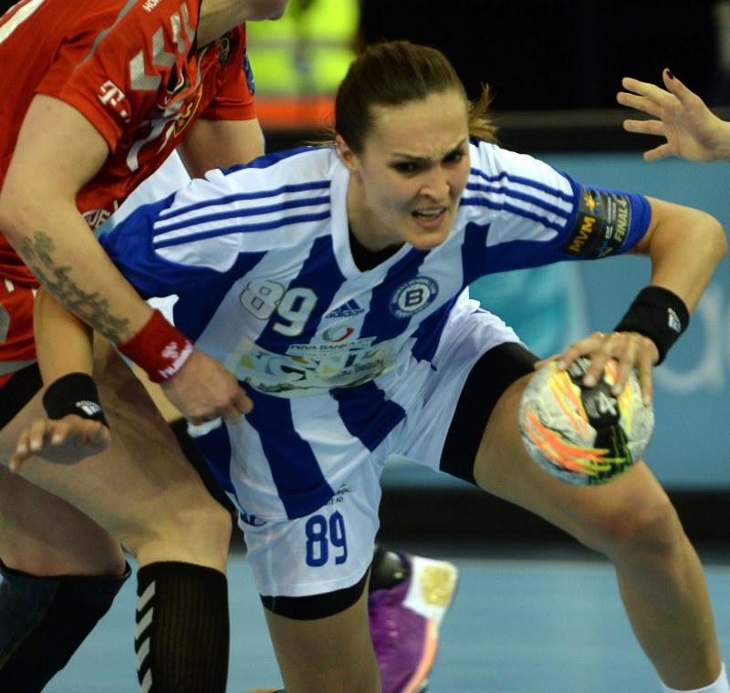 Kinga Byzdra, piłkarka ręczna klubu Buducnost Podgorica /AFP