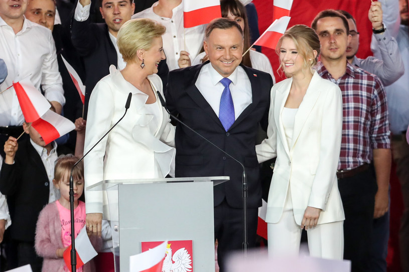 Kinga Duda przyleciała wesprzeć tatę pod koniec kampanii /Andrzej Iwańczuk /Reporter