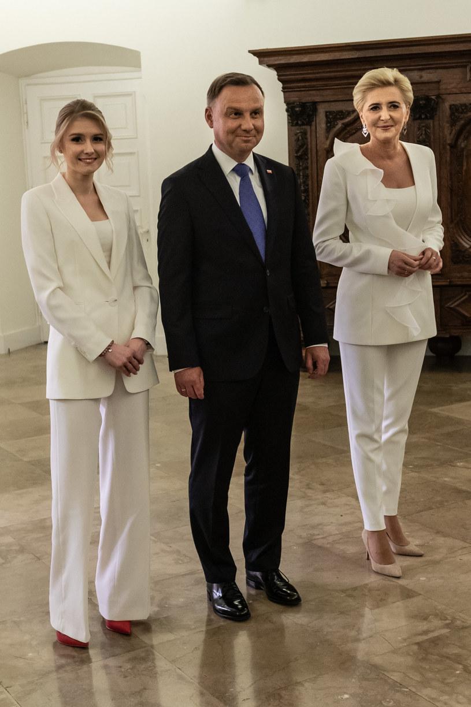 Kinga Duda z ojcem i matką /Jacek Domiński /Reporter
