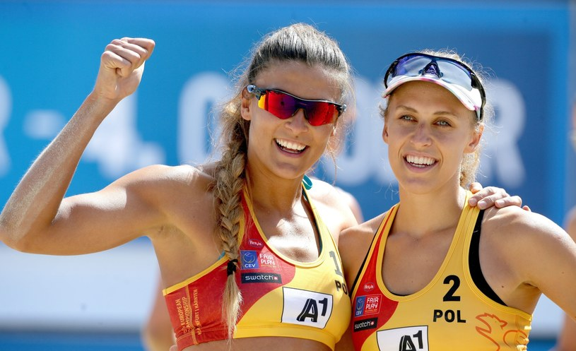 Kinga Kołosińska i Monika Brzostek /PAP/EPA