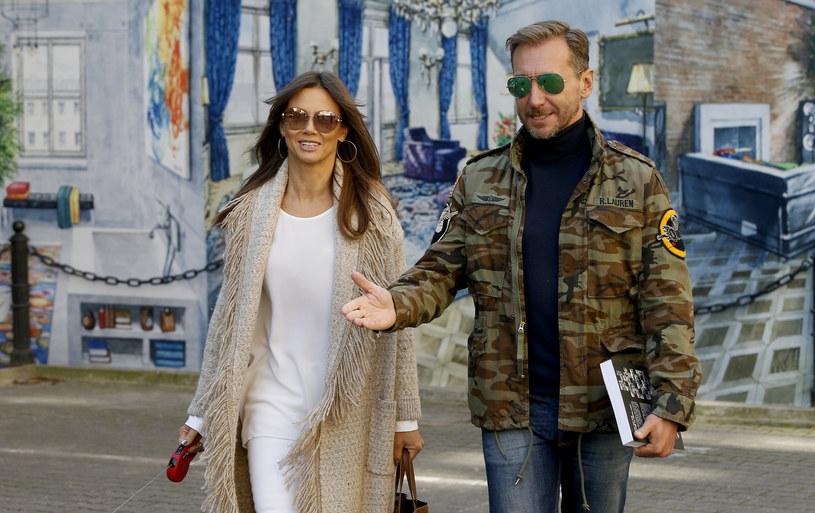 Kinga Rusin i Piotr Kraśko od lat się przyjaźnią. Dziennikarka polubiła także żonę swojego przyjaciela /Krzemiński Jordan /AKPA
