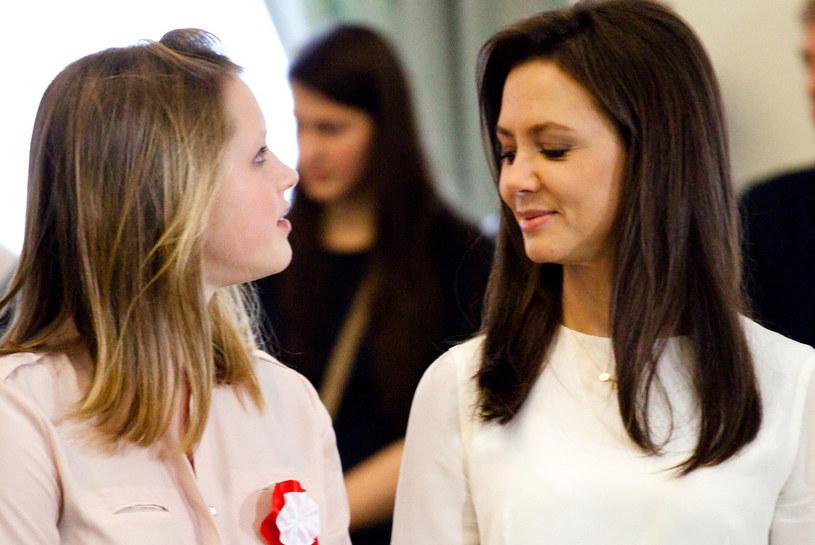 Kinga Rusin z córką Polą /KAROL SEREWIS /East News