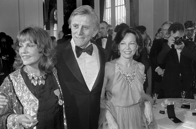 Kirk Douglas był ostatnią z legend światowego kina /AFP