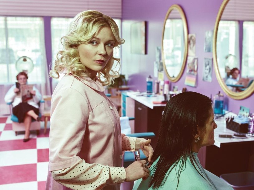 """Kirsten Dunst w """"Fargo 2"""" / © 2014 MGM Television Entertainment Inc. and Bluebush Productions, LLC. All Rights Reserved /materiały programowe"""