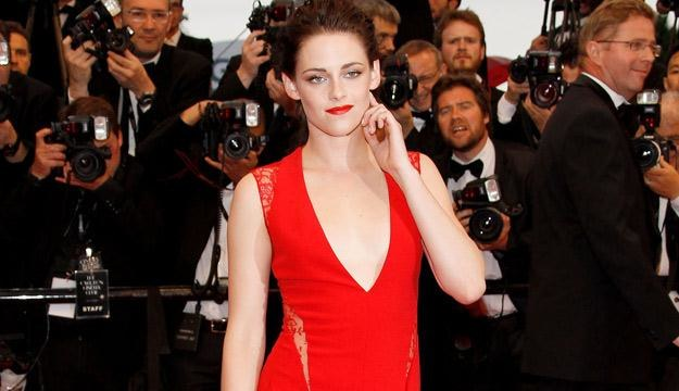 Kirsten Stewart zachwyciła kreacją na festiwalu w Cannes, fot. Andreas Rentz /Getty Images/Flash Press Media