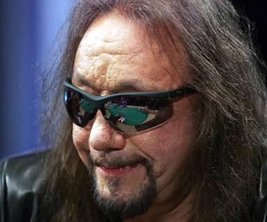 Kiss: Były gitarzysta żyje