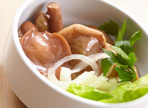 Kiszone grzyby są świetnym dodatkiem do potraw /123RF/PICSEL