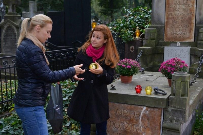 """""""Klan"""": Agnieszka (Paulina Holtz) i Ola (Kaja Paschalska) /Agencja W. Impact"""