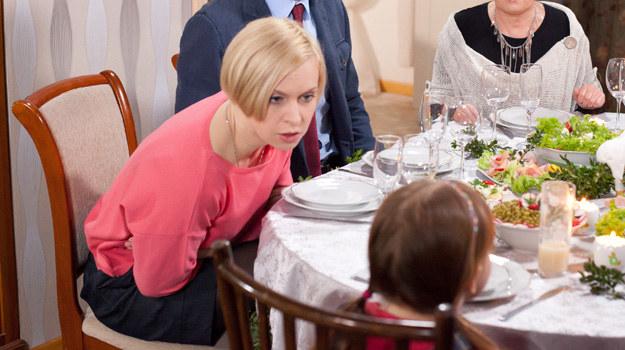 """""""Klan"""": Dla Agnieszki kochanek jest ważniejszy od dziecka? /Agencja W. Impact"""