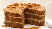 Klasyczny tort orzechowy