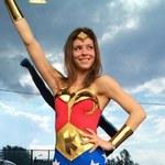 Klaudia Halejcio jako Wonder Woman