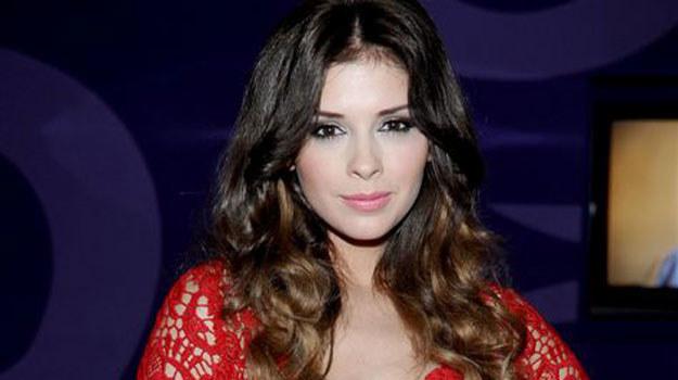 Klaudia Halejcio zjawiła się wystylizowana na hollywoodzką seksbombę /Agencja W. Impact
