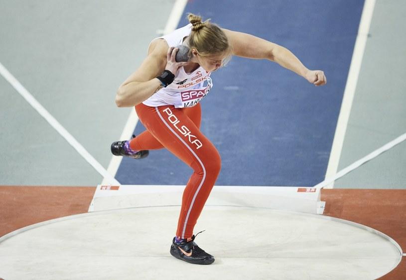 Klaudia Kardasz w kwalifikacjach pchnięcia kulą podczas lekkoatletycznych halowych mistrzostw Europy /Adam Warżawa /PAP