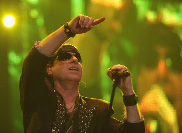 Klaus Meine przez całą karierę związany jest z zespołem Scorpions - fot. Dominik Bindl /Getty Images/Flash Press Media