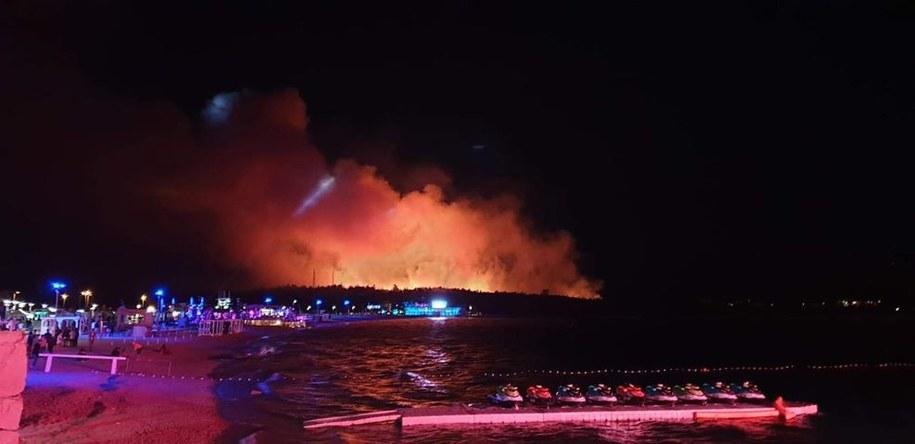 Kłęby dymu widać było z daleka /Karolina Górny /Gorąca Linia RMF FM