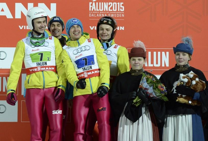 Klemens Murańka (pierwszy z lewej) /AFP