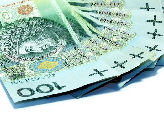 Klienci banków coraz częściej skarżą się na ubezpieczeniowe produkty inwestycyjne /©123RF/PICSEL
