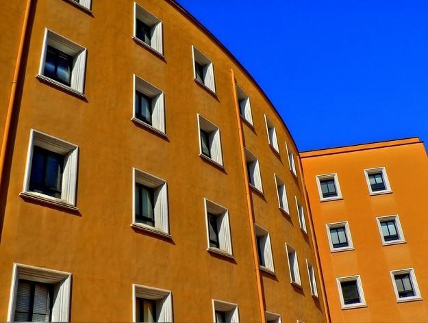 Klienci poszukują mieszkań na ogrodzonych osiedlach /© Panthermedia