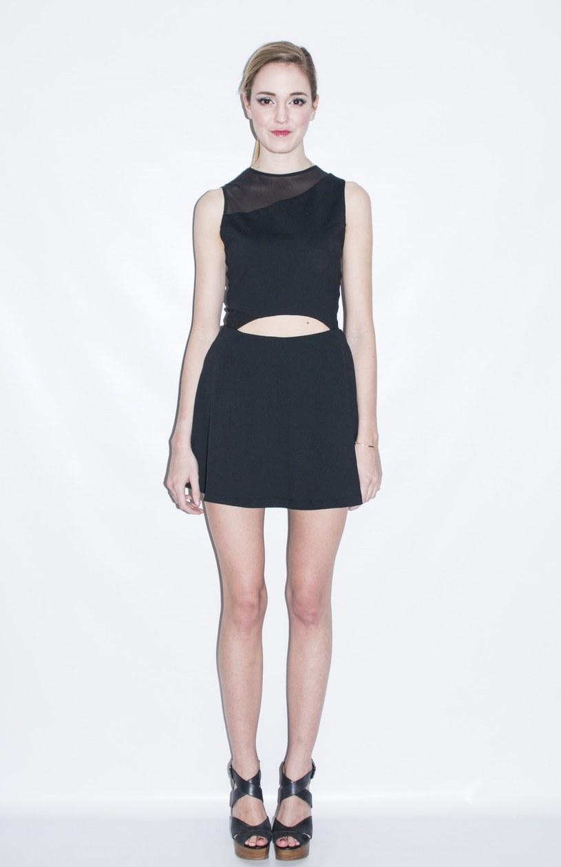 """Klientki nazywają ją """"bezstresowa czarna sukienka"""" /38thandwick.com /INTERIA.PL"""