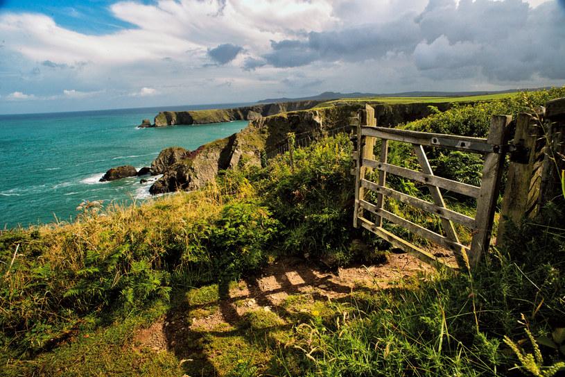 Klify hrabstwa Pembrokeshire są uważane za jedno z najbardziej malowniczych wybrzeży Europy /Twój Styl