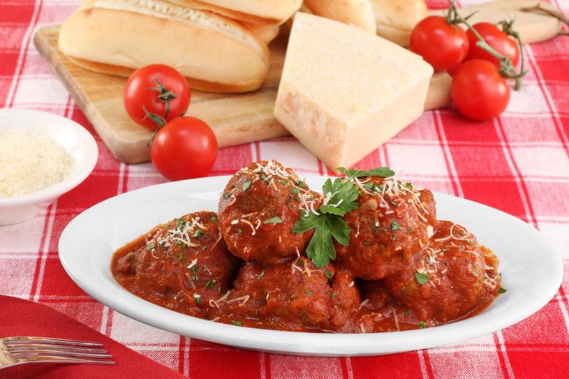 Klopsiki w sosie pomidorowym /123RF/PICSEL