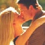 Klub Samotnych Serc uczy... całowania