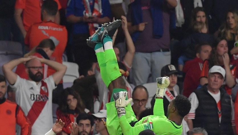 Klubowe MŚ. Al-Ain wygrał z River Plate w karnych i zagra w finale