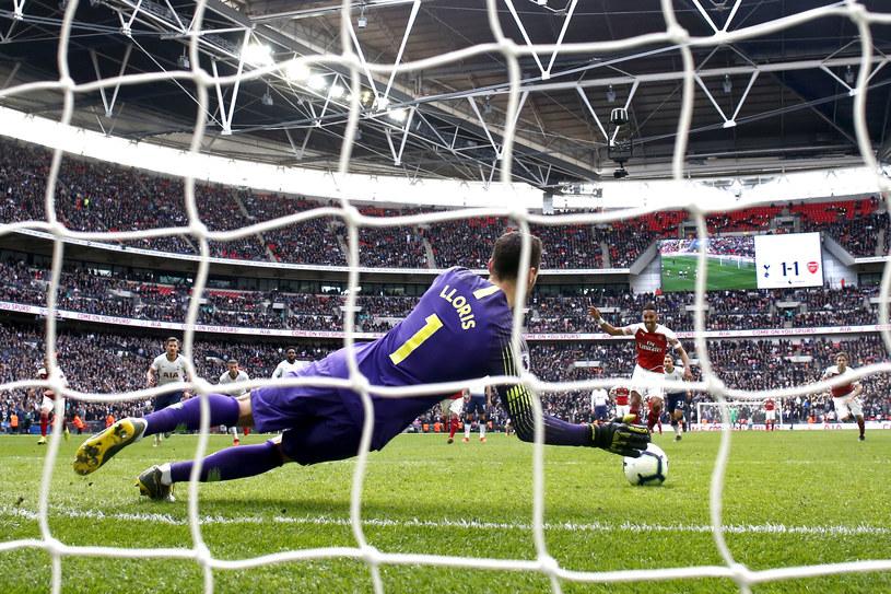 Kluczowa interwencja meczu. Lloris broni karnego. /Getty Images