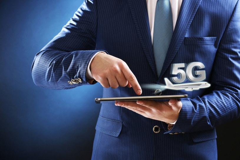 Kluczowe znaczenie dla wdrożenia 5G w Polsce w latach 2020-2021 będzie miało pozyskanie przez operatorów pasm w częstotliwościach 3,6 i 3,8 GHz /123RF/PICSEL