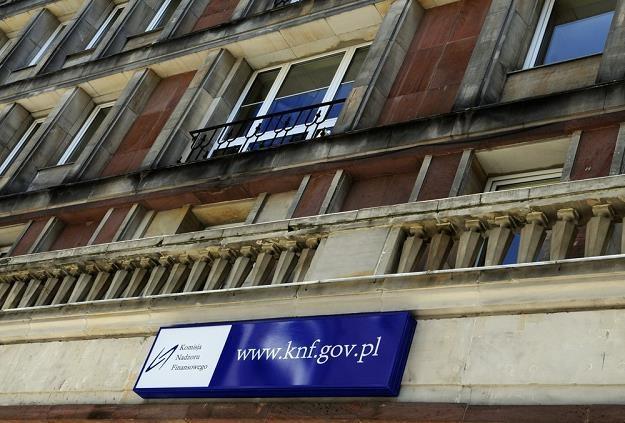 KNF nie skontroluje biur usług płatniczych.... Fot. Włodzimierz Wasyluk /Reporter