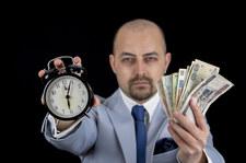 KNF zwraca uwagę na ryzyko zmiennej stopy procentowej