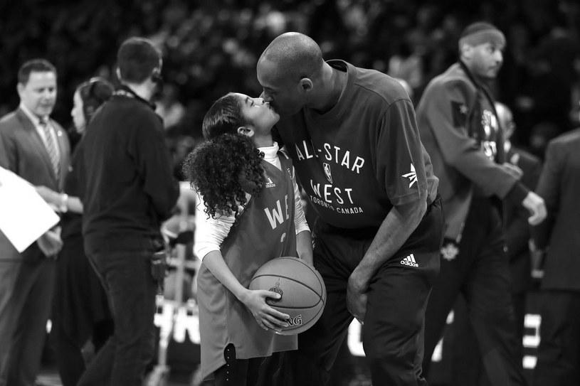 Kobe Bryant z córką Gianną /AFP