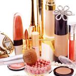 Kobiece kosmetyczki zagrożeniem dla ich zdrowia