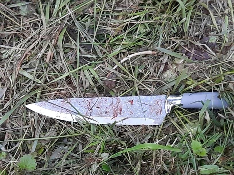 Kobieta czterokrotnie ugodziła nożem swojego partnera /Policja Wieliczka /