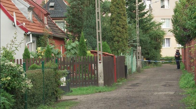 Kobieta osierociła dzieci: jedno z nich miało rok, a drugie trzy lata. Były w mieszkaniu, kiedy doszło tam do tragedii /Polsat News