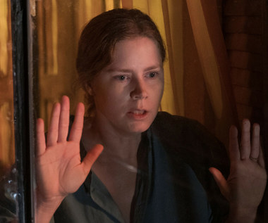 """""""Kobieta w oknie"""": M jak morderstwo [recenzja]"""