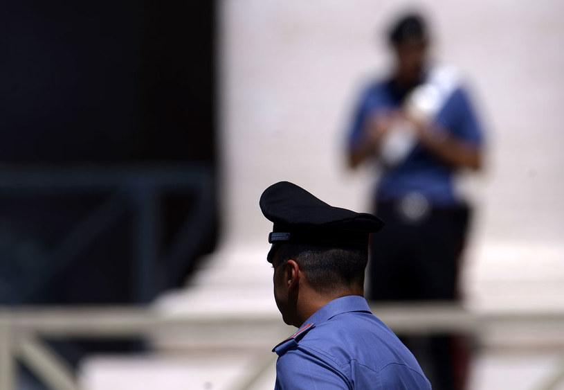 Kobieta została wydalona dzięki współpracy między specjalną jednostką policyjną do walki z terroryzmem i policją pocztową (zdjęcie ilustracyjne) /AFP