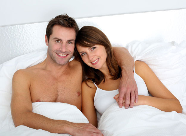 Kobiety bardziej niż mężczyźni skłonne są do przytulania /Picsel /123RF/PICSEL