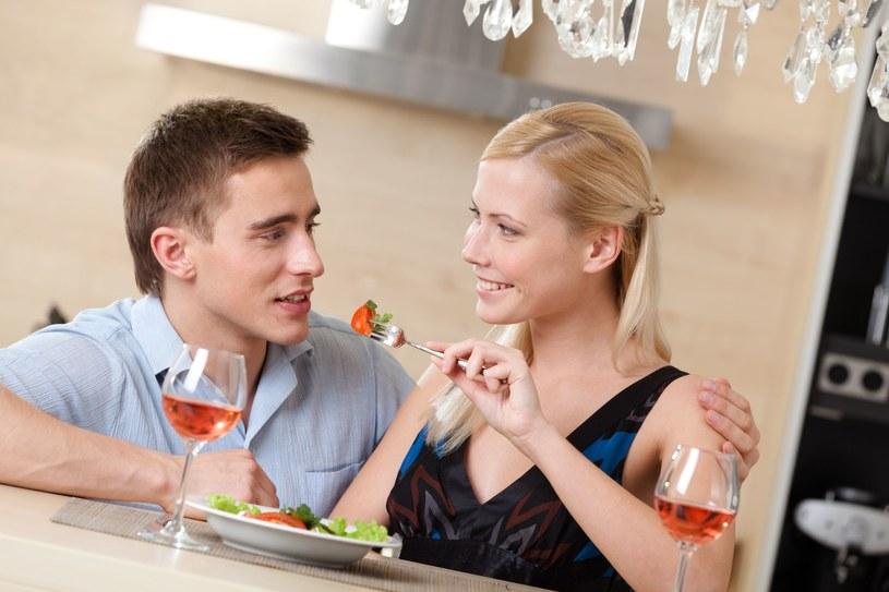 jak zwrócić uwagę kobiety na randki online Poprawka mw3 matchmaking