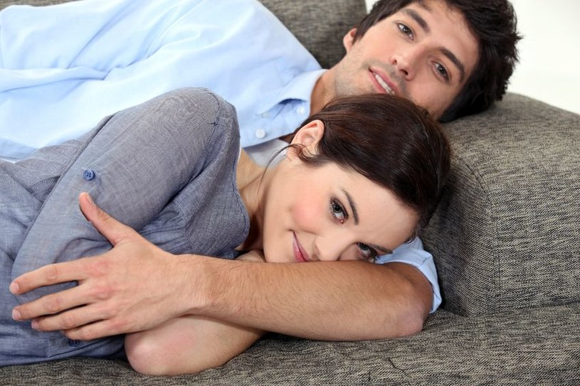 Kobiety, które potrafią cieszyć się drobiazgami, tworzą szczęśliwsze związki /  - /123RF/PICSEL