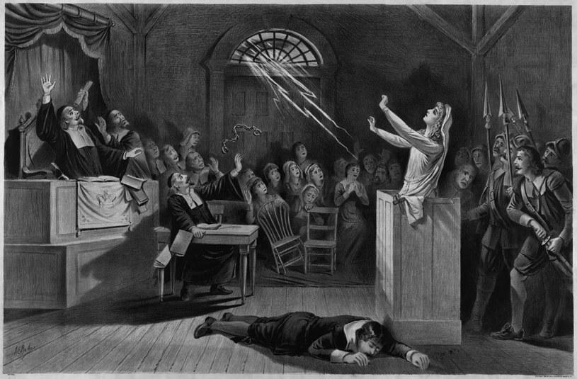 Kobiety, które w Salem miały przy pomocy diabelskich sztuczek wywoływać dziwne zjawiska, padły ofiarą szybko rozprzestrzeniającej się masowej histerii /materiały prasowe