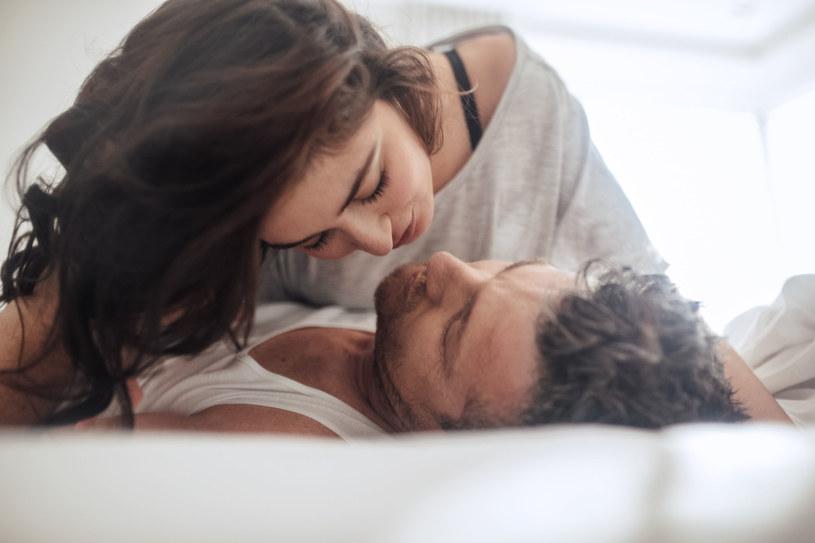 Kobiety nudzą się dopiero, kiedy prześpią się z jednym mężczyzną co najmniej dwieście razy /123RF/PICSEL