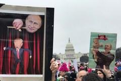 Kobiety protestują przeciwko polityce Trumpa